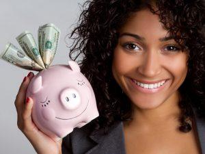 a mulher e sua relação com o dinheiro